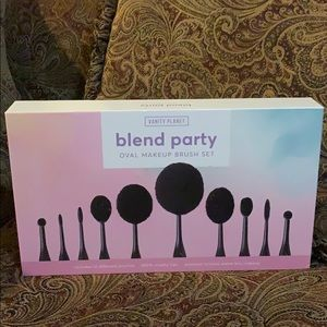 Vanity Planet Oval Makeup Brushes